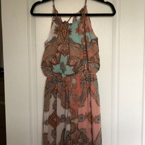 Dresses & Skirts - Paisley print maxi dress